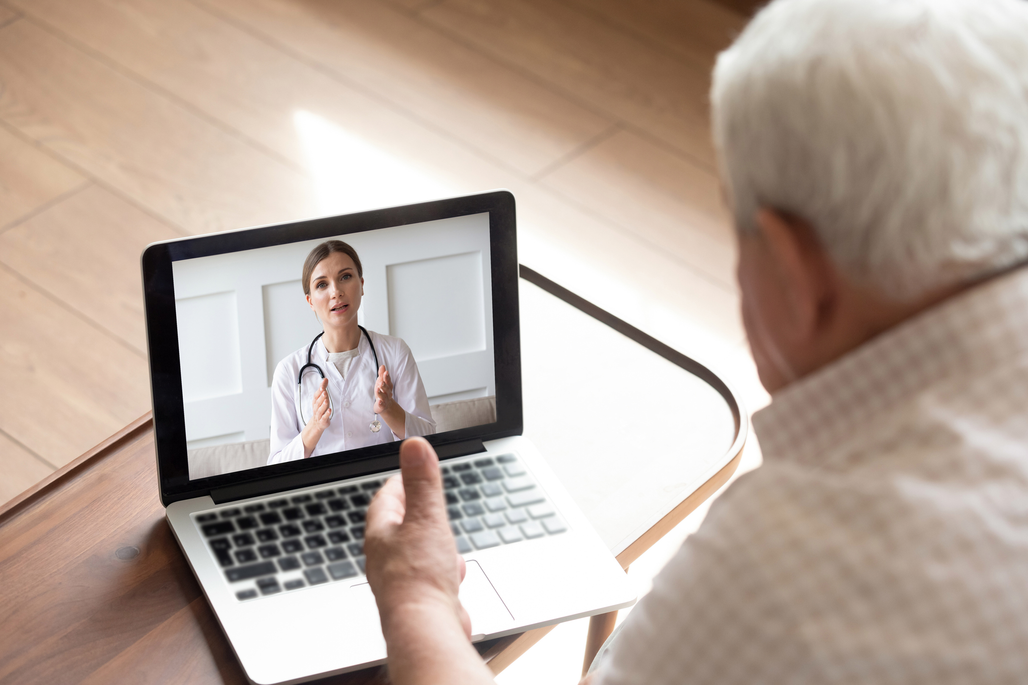 Talking With Doctor Online